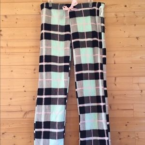 Other - NWT Totally pink soft plaid pajama pants large